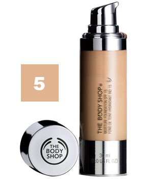 The Body Shop Moisture Foundation SPF15 Colour 5